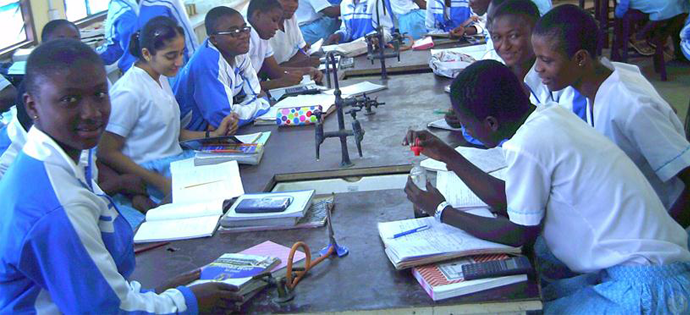 STUDENTS IN THE SCIENCE LAB